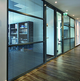 Glass dividing partitions - AZ 78